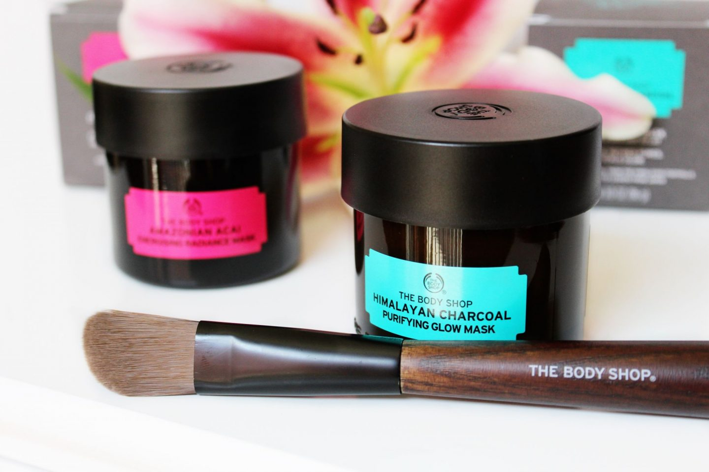 The Body Shop Himalayan Charcoal Purifying Glow Mask Review - Miel and Mint blog