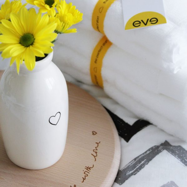 How To De-Stress After a Long Week eve Sleep towels - Miel and Mint blog