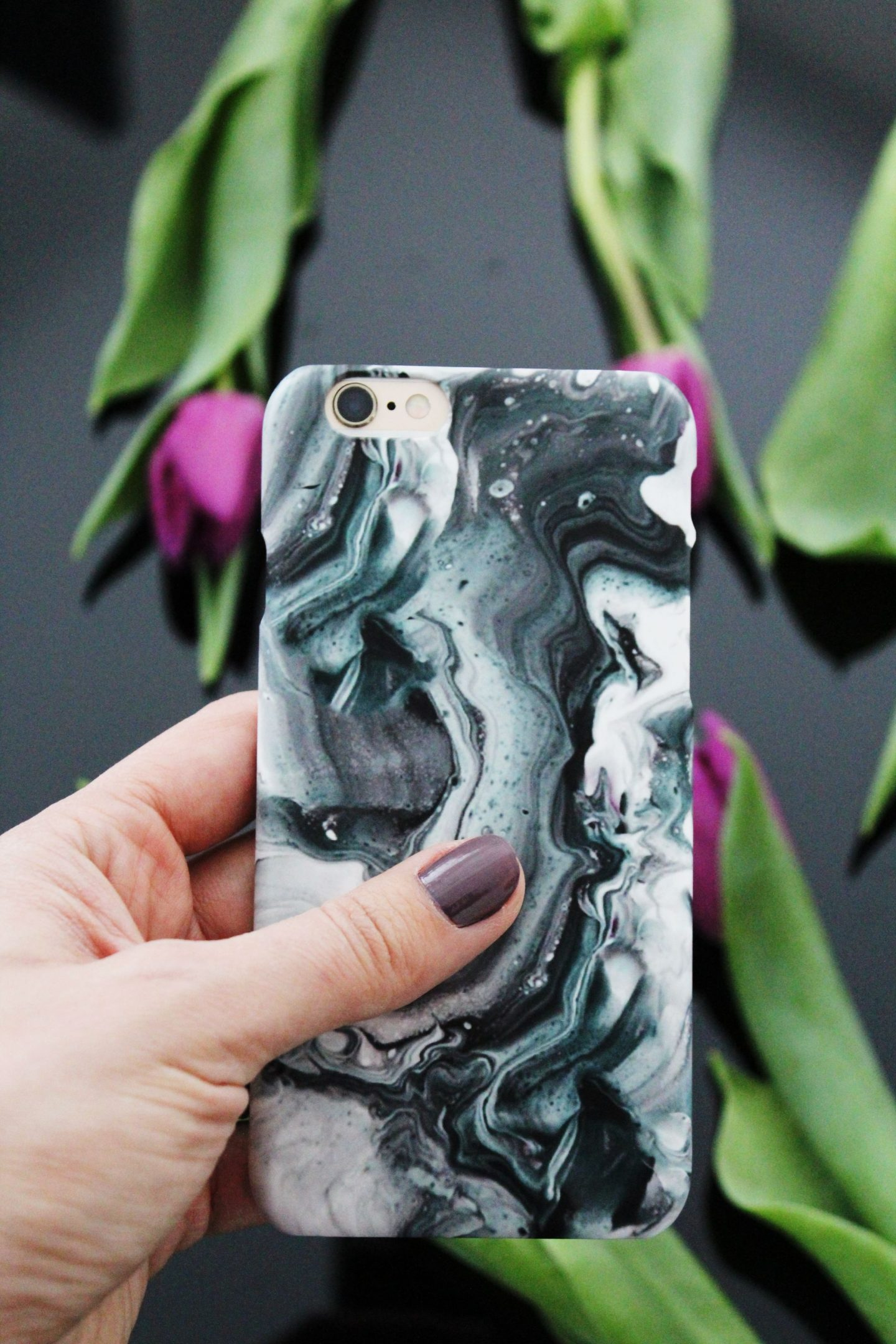 Case App phone case - Miel and Mint blog